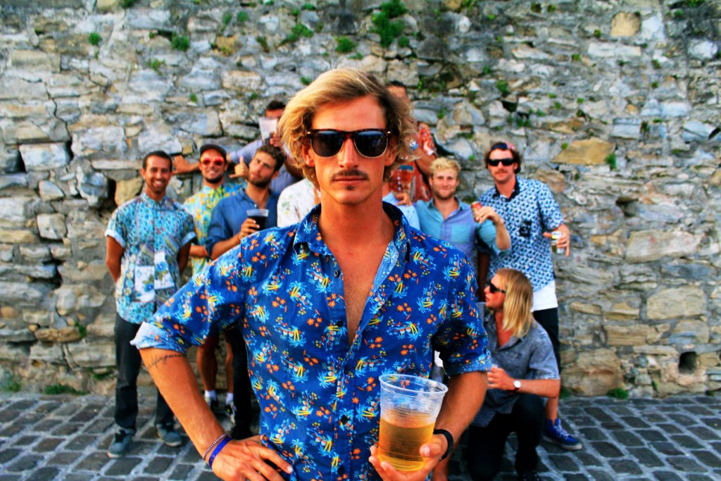 Team Groups Hawaii Shirt Party Guys Blokes Stoked Beer Fun Good Times 1500 x 1000