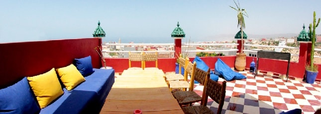 surf-camp-surfing-holidays-morocco-surf-trip-new-roof-top-terrace-645-x-230-min